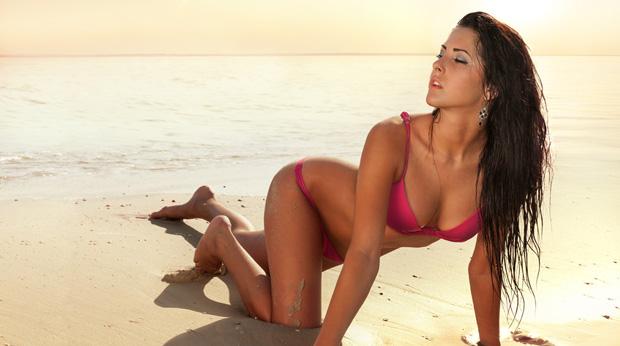 Flirten im Urlaub - Weshalb es sich am Strand besonders entspannt flirtet