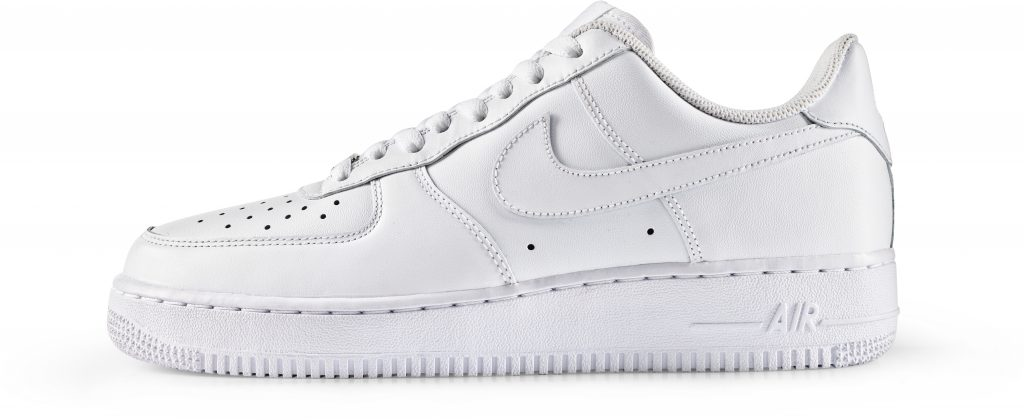 RS114918_Foot Locker_Nike_AirForce1_Core_white_white
