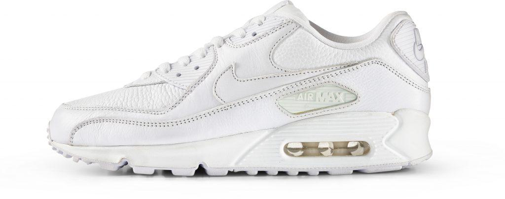 RS114922_Foot Locker_Nike_AirMax90_leather_white_white