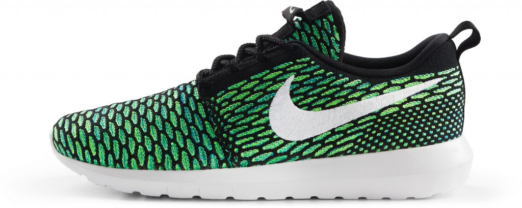 RS114928_Foot Locker_Nike_Roshe_NM_Flyknit_black_white_voltage-green