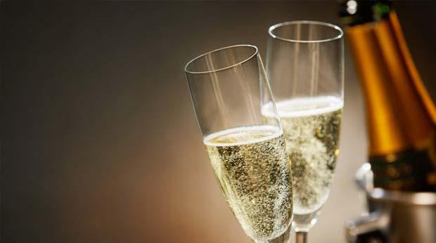 Champagnerflasche im Champagnerkühler